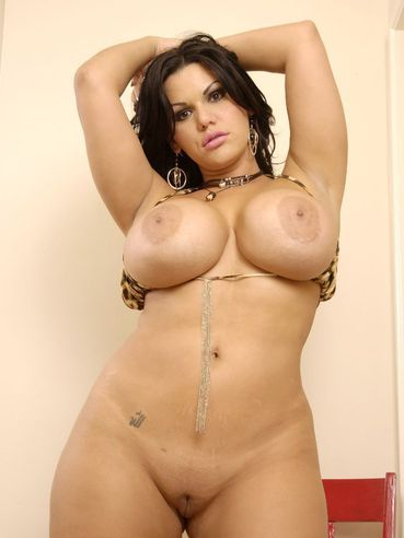 Chubby Brunette Angelina Castro With Some Curves Shows Off Her Big Ass And Tits Before Cocksucki