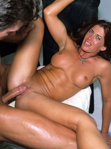 Emily da vinci anal fuck