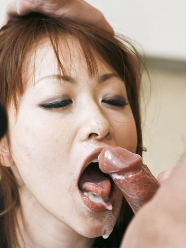 image Rika kurachi spins the dick all the wat in her vagina