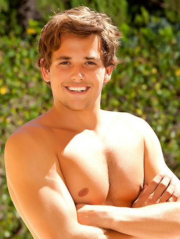 Tyler Nixon Nude