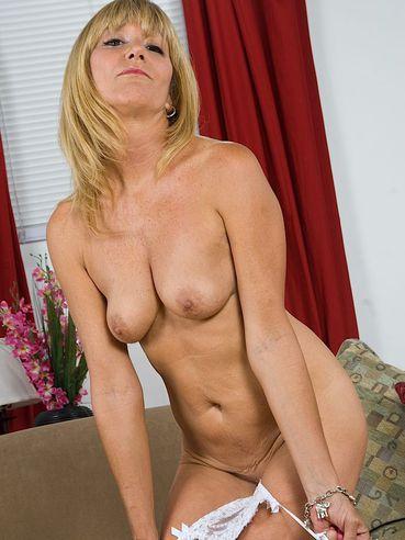 Jessica sexxxton nackt