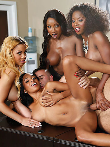 Filthy Diamond Jackson Together With Three Other Girls Enjoy The Wild Group Fuck