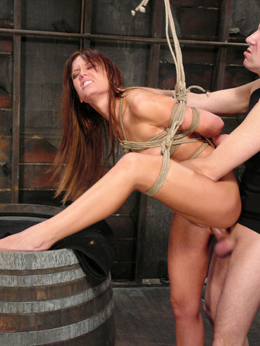 Rope Bound Beauty Holly Wellin Takes Massive Cumshot After Anal Sex With Chris Charming