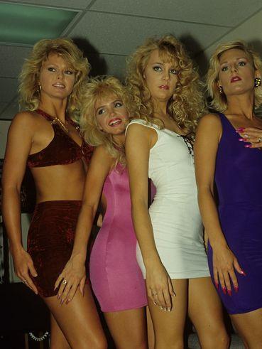wifey blonde blue big tits