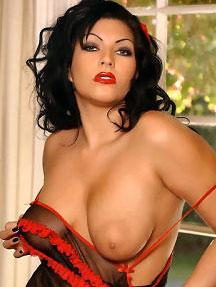 Attractive Shelly Martinez Naked Photos