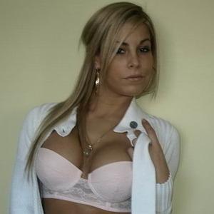 Nackt Sara Vickers  Sara Vickers