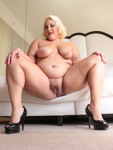 431 hairy pussy woman abby winters