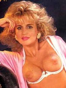 Gloria guida naked
