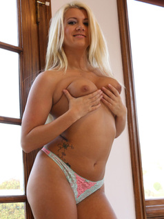 Laela pryce interracial porn at blacks on blondes-39235