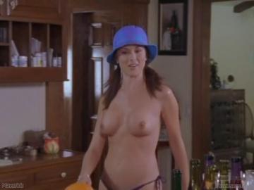 Tiffany Hendra Nude