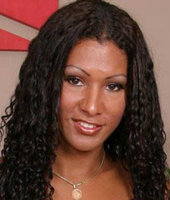 Cristina Close Nude Search 39 Results
