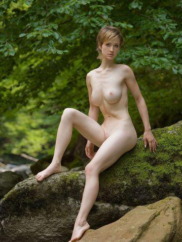 Ideal Nude Femjoy Modelle Photos